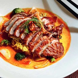 40) Curry crispy duck Bowl